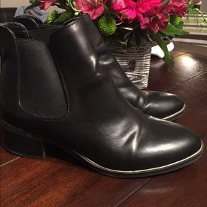 Women shoes/boots size 10 Sam&Libby